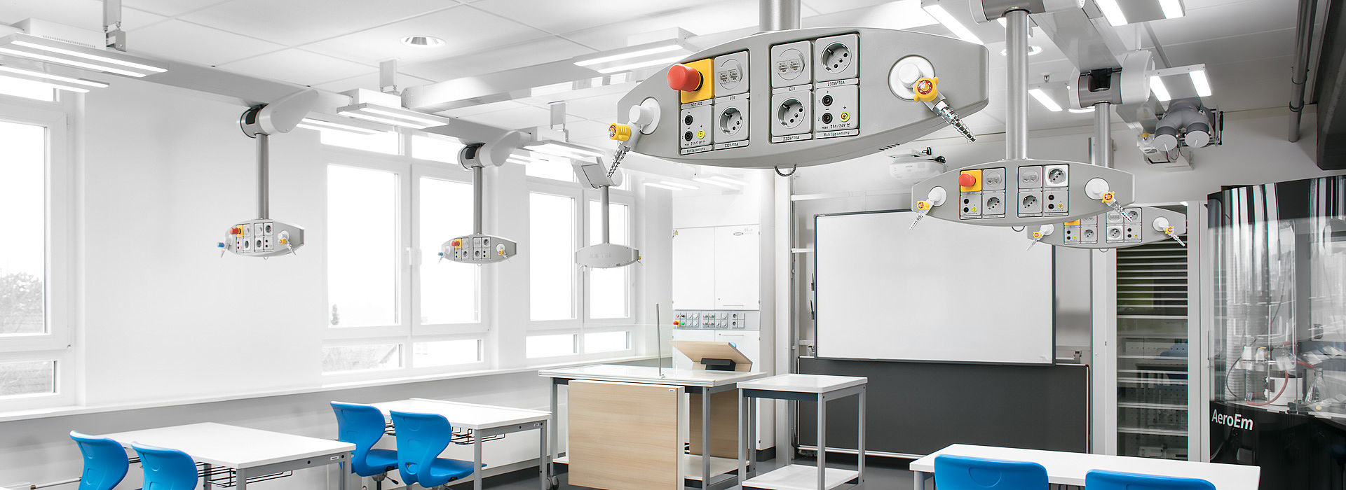 Classroom with Medienlift